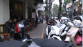 Bản tin Ngân hàng - Địa ốc: Chuỗi cửa hàng Aha cafe ngang nhiên lấn chiếm vỉa hè