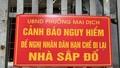 Hà Nội: Nhà sắp đổ do xây dựng vượt 5 tầng, người dân lo lắng...