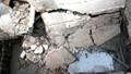 Đổ nhà đang xây, bé 2 tuổi chết oan