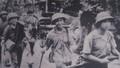 Anh bộ đội da đen trong bức ảnh hành quân giải phóng Quảng Trị