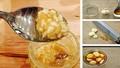 Ngâm một lọ tỏi với mật ong để đẩy lùi căn bệnh lúc giao mùa