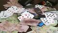 Bị bắt đánh bạc, Bí thư Đảng ủy phường nhảy lầu