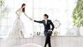 Hạnh phúc vỡ vụn sau bộ ảnh cưới quá xa hoa