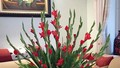 3 kiểu cắm hoa lay ơn mang không khí Tết ngập tràn nhà bạn