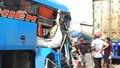 Xe khách gây tai nạn liên hoàn, nhiều người nhập viện