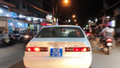 Tạm giữ ô tô biển số xanh 80B giả hú còi xe ưu tiên trên đường