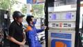 Giá xăng giảm hơn 100 đồng/lít từ 15h chiều