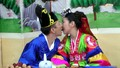 Hàn Quốc quy định trai nghèo không được lấy vợ ngoại