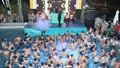 Tiệc bikini pool party: Đừng để bị biến tướng thành trò lố