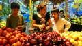 Người dân bán rẻ khó tin, người tiêu dùng mua giá cao khó ngờ, ai trục lợi?