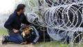 """Mỹ """"vào cuộc' giảm áp"""" khủng hoảng di cư"""