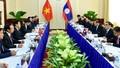 Việt Nam - Lào phấn đấu thương mại hai chiều năm 2015 đạt 2 tỷ USD