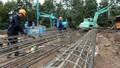 Thi công đường dây 500kV: Vừa trồng cột, kéo dây vừa làm… dân vận