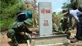 Xây cột mốc phụ tuyến biên giới Việt Nam - Campuchia: Sức mạnh tinh thần đoàn kết