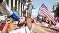 Chính quyền Mỹ chấm dứt chương trình bảo vệ người di cư