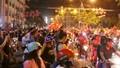 Cần Thơ: Hàng ngàn cổ động viên xuống đường mừng chiến thắng của U23 Việt Nam