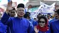 Cựu Thủ tướng Malaysia bị cấm xuất cảnh