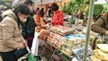 Bước vào tháng Tết, thị trường thực phẩm rục rịch tăng giá