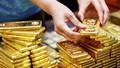 Vi phạm trong mua, bán ngoại tệ, vàng: Khoảng cách phạt quá rộng có tạo nên sự bất bình đẳng?