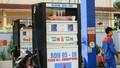"""Triệt tiêu cạnh tranh khi xăng dầu """"đồng giá""""…"""