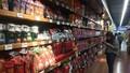 """Đưa cà phê Việt """"lên thẳng"""" quầy kệ siêu thị lớn trên thế giới"""