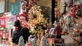 Sôi động thị trường trang trí mùa Giáng sinh