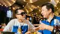 Cặp bạn mới của showbiz: BLV Quang Huy và rapper Wowy thân thiết với nhau nhờ bóng đá