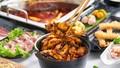 """Vừa ra mắt, lẩu Ếch Jiang Hu gây """"choáng"""" với nước lẩu tổng hợp gần 40 mỹ vị thảo mộc"""