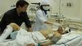 Xót xa: Nạn nhân Formosa nằm trên giường bệnh vẫn kêu cứu