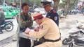 """""""Xử đẹp"""" khách, hàng loạt chủ phương tiện ở Nghệ An bị phạt"""