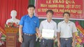 Đoàn thanh niên Bộ Tư pháp tặng quà gia đình chính sách, tuyên truyền PBGDPL