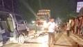Xe máy đâm dúm đầu xe khách, 3 thanh niên chết tại hiện trường