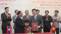 Ký kết nhiều thỏa thuận hợp tác tư pháp Việt Nam - Lào