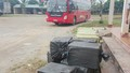 Phát hiện hơn 1 tấn nhộng tằm trên xe khách