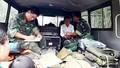 Sư đoàn 324 khám chữa bệnh, phát thuốc miễn phí cho người vùng lũ