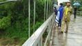 Tìm kiếm cô giáo mất tích để xe đạp trên cầu