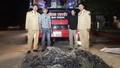 Xe khách chở 28.000 quả pháo bi từ Lào về Việt Nam
