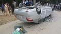 Liên tiếp hai vụ tai nạn, hai ô tô nằm phơi bụng, 3 người nhập viện