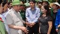 Thủ tướng Nguyễn Xuân Phúc kiểm tra việc khắc phục bão số 10 tại Nghệ An