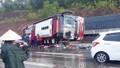 Lật 2 ô tô khách ở Nghệ An, 1 người chết, 7 người bị thương