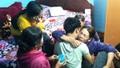 Vụ 2 lao động mất tích trên tàu cá cháy ở Hàn Quốc: Người thân khóc ròng ngóng tin nạn nhân