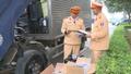 Chế thùng phụ, đeo biển số giả để vận chuyển 16 nghìn bao thuốc lá lậu