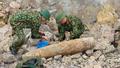 Phát hiện quả bom nặng hơn 1 tạ còn nguyên kíp nổ ở Nghệ An  