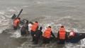 Cứu hộ kịp thời 2 phương tiện, 8 ngư dân gặp nạn trên biển
