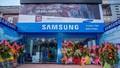 """Samsung tiếp tục """"đem con bỏ chợ"""", dụ dỗ khách hàng thay thế linh kiện?"""