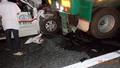 Xe cấp cứu đâm xe đầu kéo, 3 người tử vong