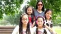 Mẹ Việt chịu tiếng 'ác' để dạy con 'nên người' giữa trời Tây