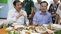 Hải sản vào bàn ăn cán bộ công chức Đà Nẵng