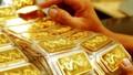 Được 'hậu thuẫn', giá vàng SJC bật tăng lên mức cao nhất 2 tuần