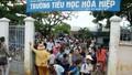 Học sinh, sinh viên TP HCM nghỉ học để tránh bão
